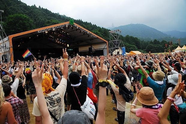 20150626-fuji-rock-festival-professional-entertainer01.jpg