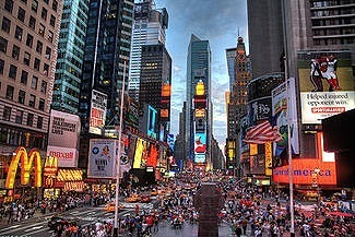 325px-New_york_times_square-terabass.jpg