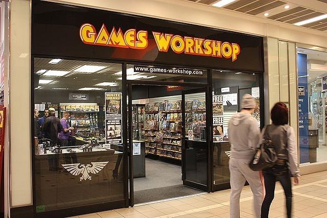 640px-Games_Workshop,_Castle_Court,_Belfast,_January_2011.jpg