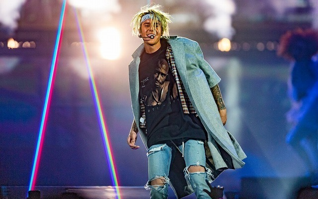 Justin-Bieber-2016-Style-Purpose-World-Tour-Los-Angeles-001-e1458665125864.jpg
