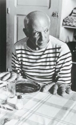Pablo-Picasso-wearing-Saint-james-clothes1-e1338834388160.jpg