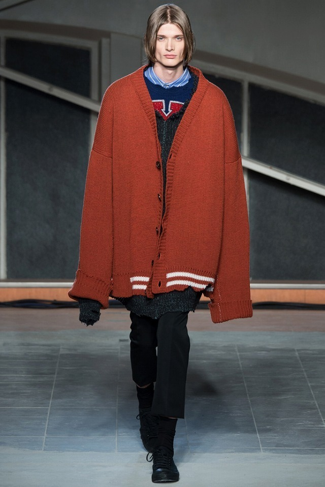 RAF_SIMONS_2016_17AW_Men_s_Collection_runway_gallery-1.jpg