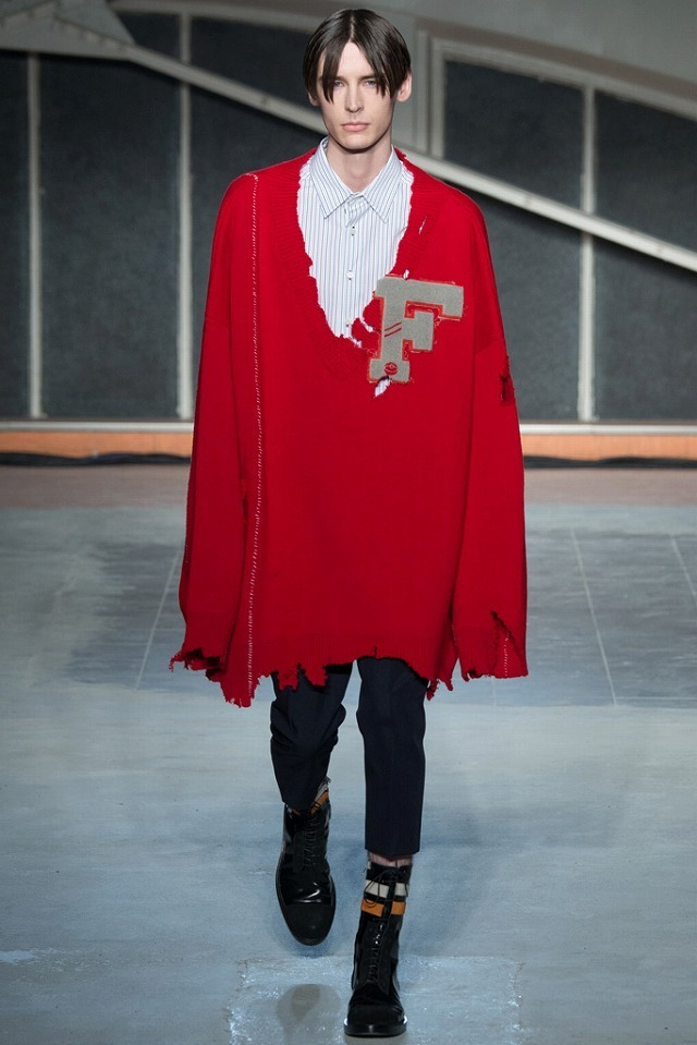 RAF_SIMONS_2016_17AW_Men_s_Collection_runway_gallery-10.jpg