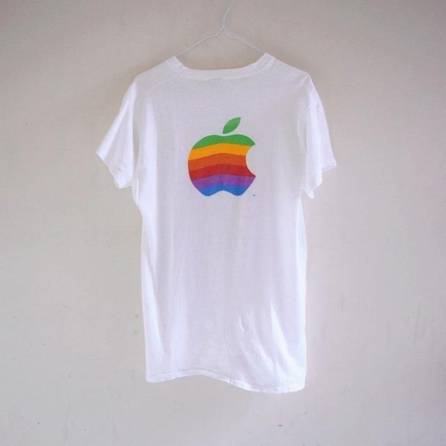 apple_tshirts_20180509_004-thumb-660xauto-865860.jpg
