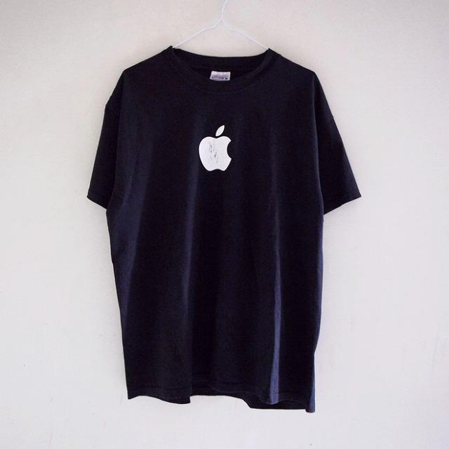 apple_tshirts_20180509_005-thumb-660xauto-865861.jpg