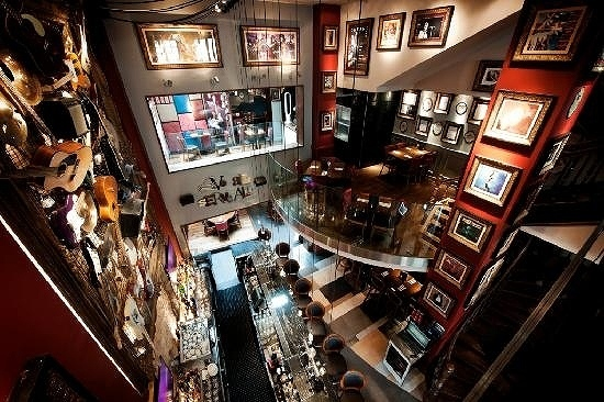 hard-rock-cafe-brussels.jpg