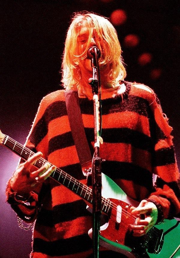 red_knit.jpg