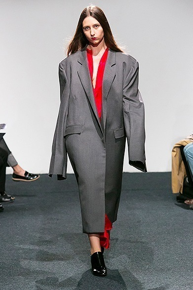 vetements32-thumbnail2.jpg